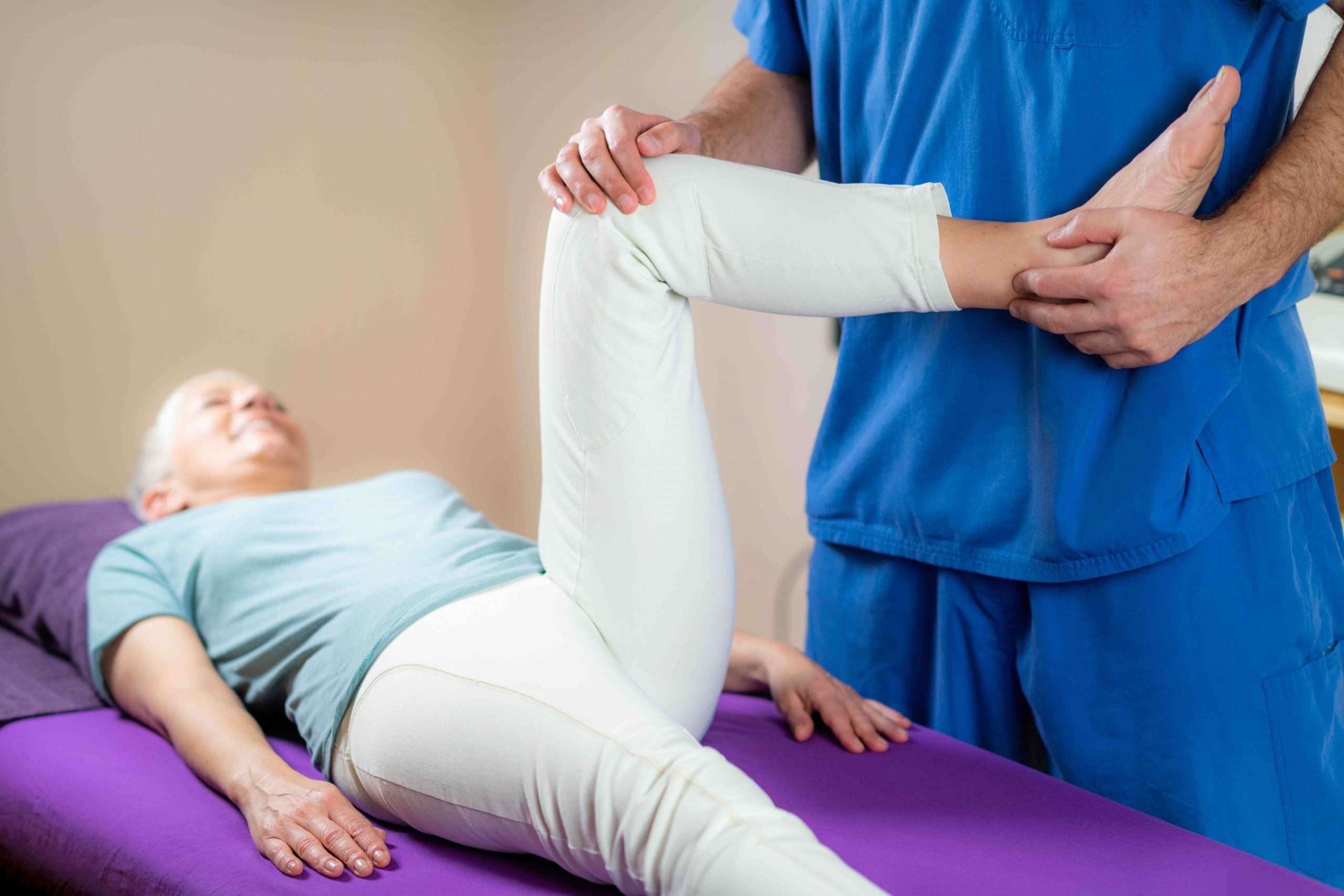 My Chiro, Dr. Aaron and Associates - Knee Pain, Common Causes & Treatment.